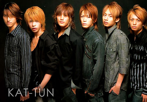 http://img.karaoke-lyrics.net/img/artists/30062/kat-tun-161661.jpg