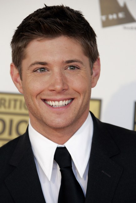 Jensen Ackles Photo Set