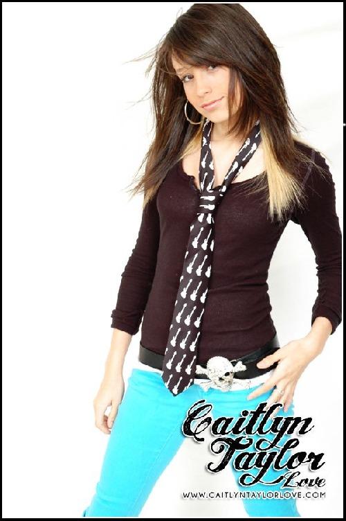 Caitlyn Taylor Love Wallpaper Caitlyn Taylor Love » Caitlyn