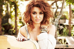 tori-kelly-501060.png