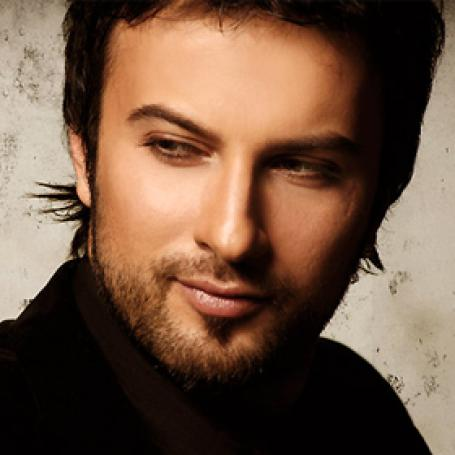 http://img.karaoke-lyrics.net/img/artists/8016/tarkan-28919.jpg