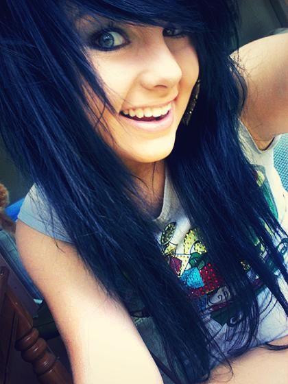 Cute Scene Girls with Black Hair