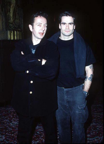 Joe Strummer a Henry Rollins (Black Flag)