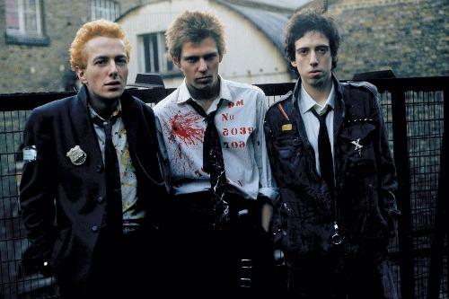 Joe byl obarvený na blond v období před prvním albem.