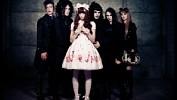 lolita-komplex-620844.jpg
