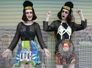 no-frills-twins-566384.jpg